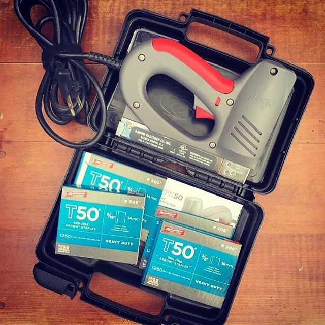 "These older Arrow electric staple guns are still out and about in the DIY world! The predecessors to our current motor drive tools, we still see ETFX50s frequently, including in this shot from @shabbynchicetsy. She said it was her ""favorite purchase from this weekend!"" What's the oldest Arrow tool you have?"