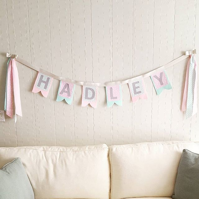 DIY instuctions for this name banner my blog, link in profileI was so honored to make this name banner for sweet little Hadley, @robynderuyver! Not only is she the cutest little lady shes super stong too! Thank you for letting me make this for you