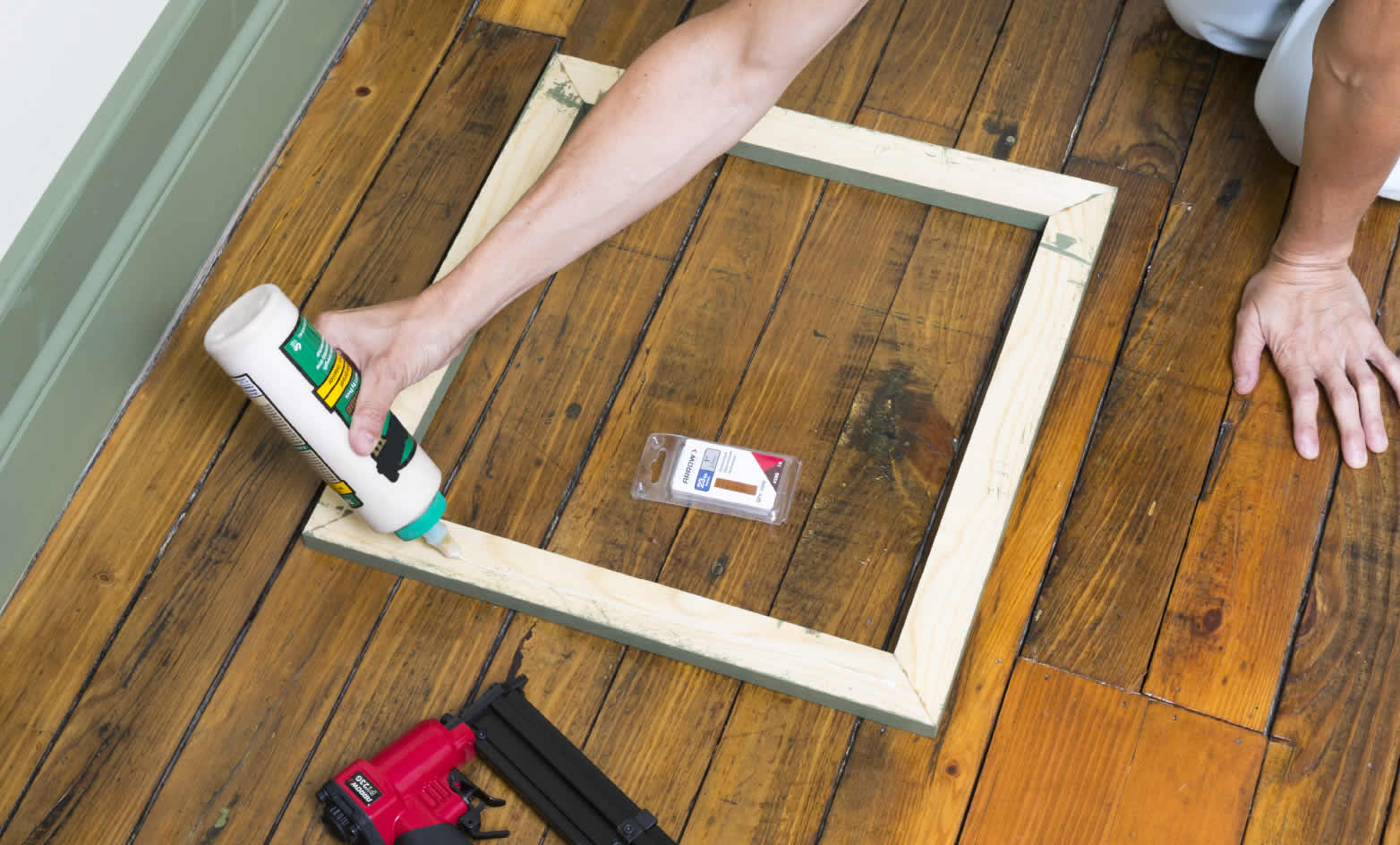 wall-makeover-arrow-project-step5a.jpg