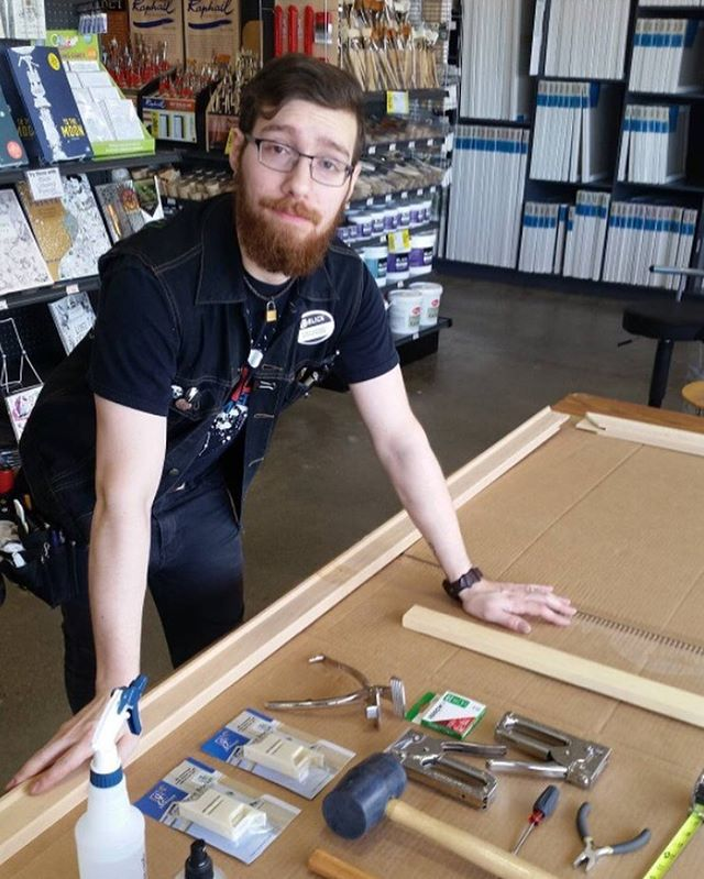 We LOVE seeing our tools hard at work! Thanks to @scottdreisher for sharing this photo and picking Arrow's JT21CM staple gun for his canvas-stretching class with @blickartmaterials at @blick_carleplace!