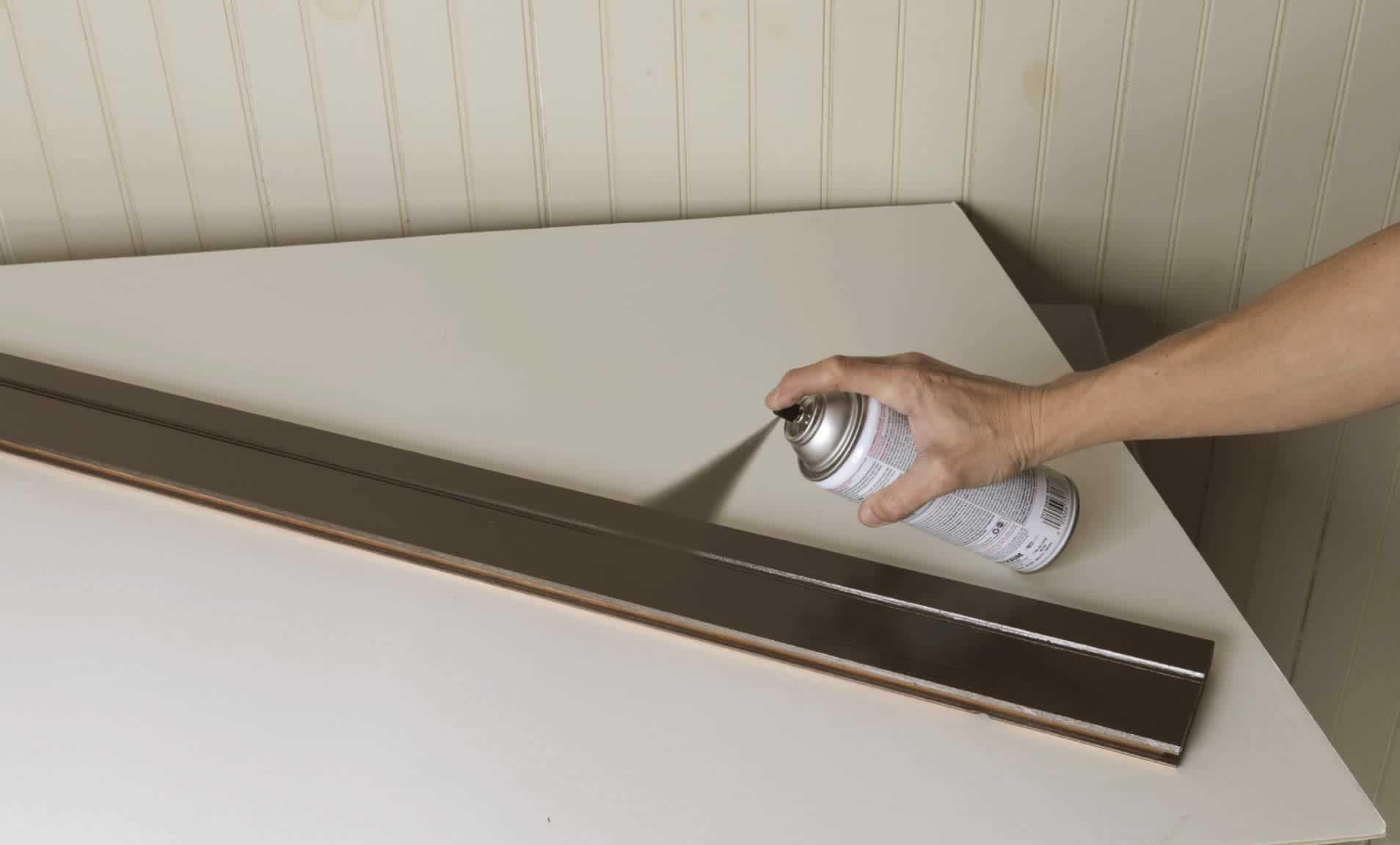 spray painting wood trim