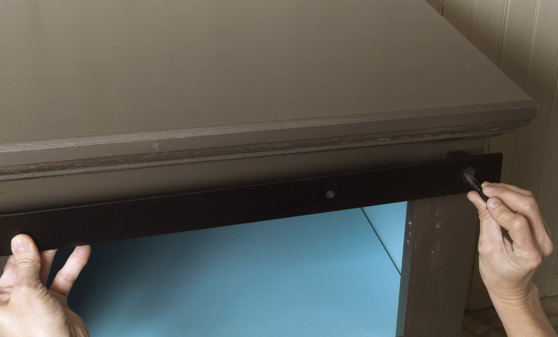 sliding-barn-door-cabinet-arrow-project-step3d.jpg