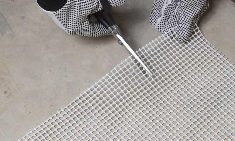 carpet-stair-treads-arrow-project-step7.jpg