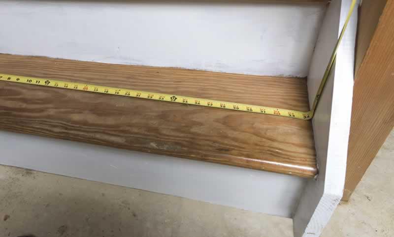 carpet-stair-treads-arrow-project-step8a.jpg