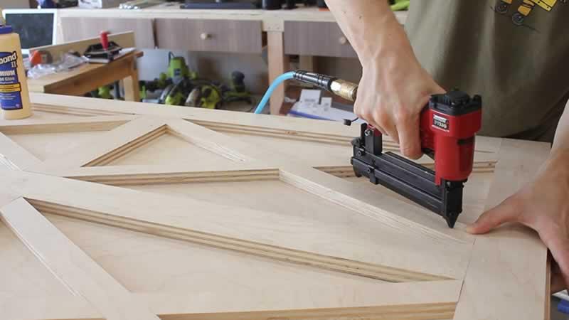 plywd-barn-door-arrow-project-step3c.jpg